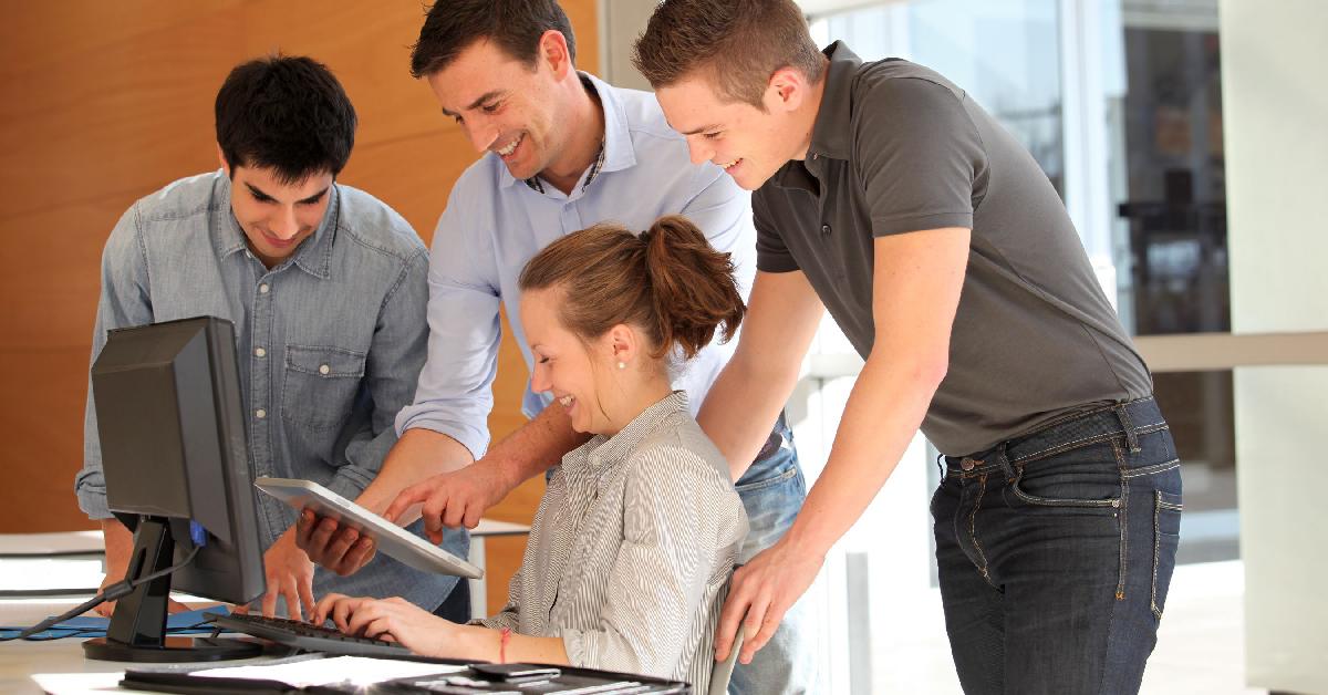 Internships make your summer rule