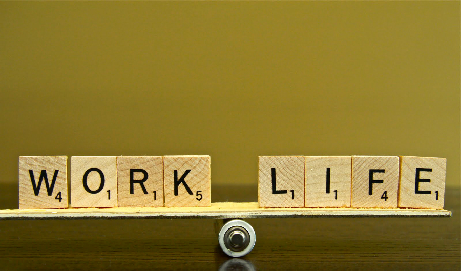 For IT Pros, Work-Life Balance Is More Important than Pay | Image credits: philipbloom.net